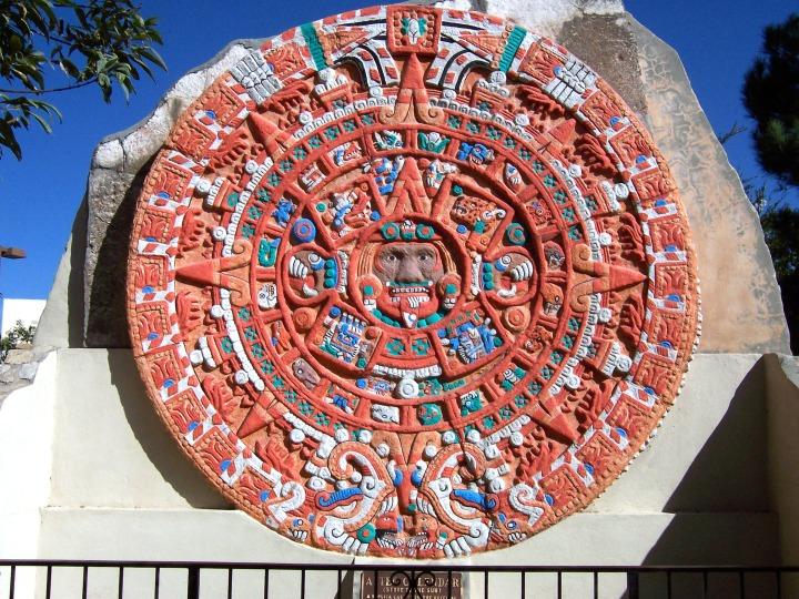 AztecSunStoneReplica