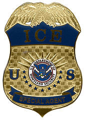 Immigration_and_Customs_Enforcement_(US)_badge_-_Special_Agent